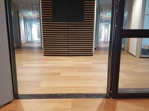 20190329 115808 300x225 - Green Capitol Almere. Leveren en aanbrengen Therdex pvc in combinatie met tapijttegels Modulyss.