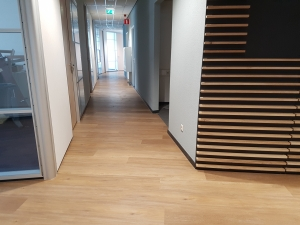 20190329 115902 300x225 - Green Capitol Almere. Leveren en aanbrengen Therdex pvc in combinatie met tapijttegels Modulyss.