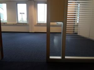 Green Capitol Almere 4 300x225 - Green Capitol Almere. Leveren en aanbrengen Therdex pvc in combinatie met tapijttegels Modulyss.