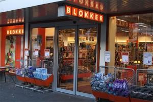 blokker 300x200 - Blokker winkels diverse vestigingen door heel Nederland. Leveren en aanbrengen Marmoleum, pvc vloeren en Coral schoonloopmat.